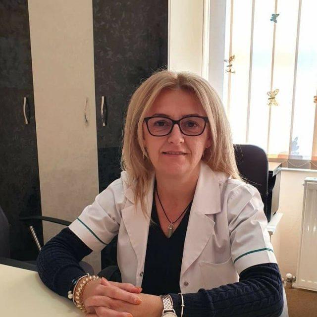 Dr. Vesa Romelia